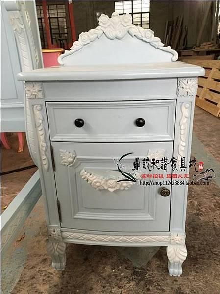 法式雕花床頭櫃