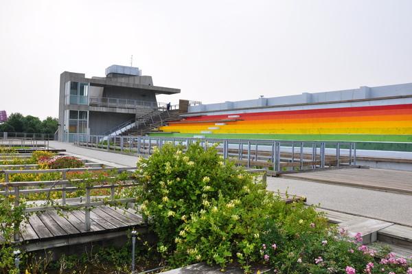 DSC_0171.JPG彩虹看台