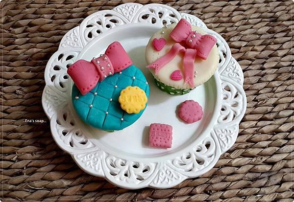 蝴蝶結杯子蛋糕皂課程