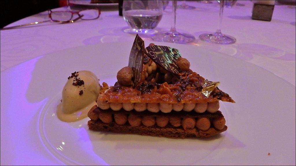 broda-grand-hotel-cake-big