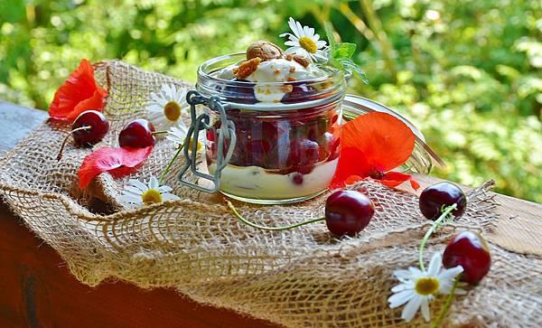 cherries-1477291_960_720.jpg