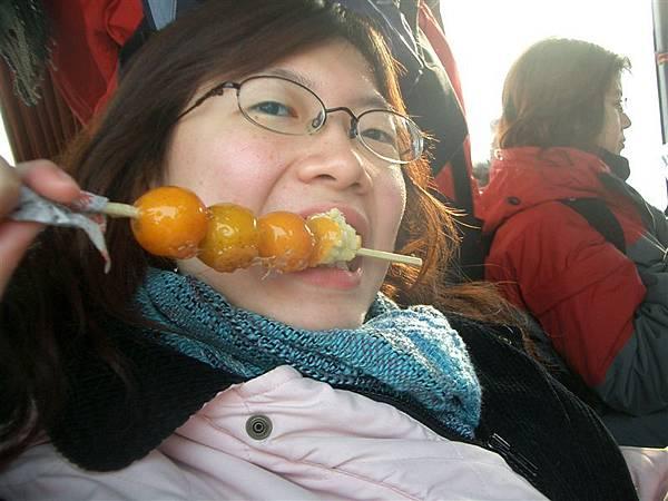 吃丁小俊糖葫蘆照!