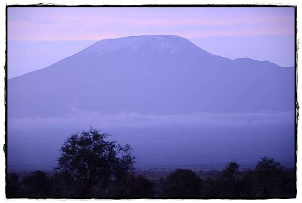 0212-早晨Safari-吉利馬札羅山