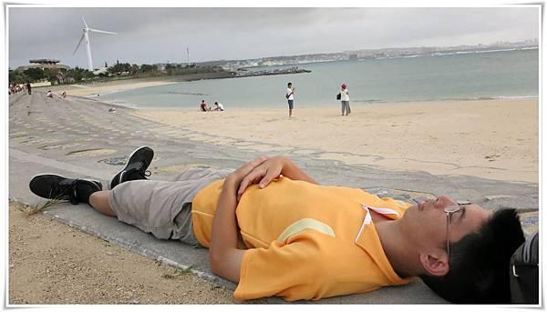 10.06第一天-美國村躺著休息sunset beach