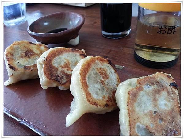 10.06第一天-雞拉麵燒餃子