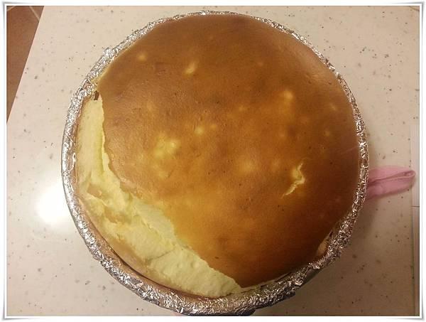 20140215-草莓乳酪蛋糕-烘烤完成