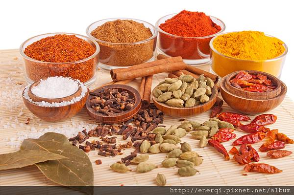 spices-and-herbs_M1dxqlCu.jpg