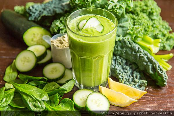 The-Ultimate-Green-Smoothie.jpg