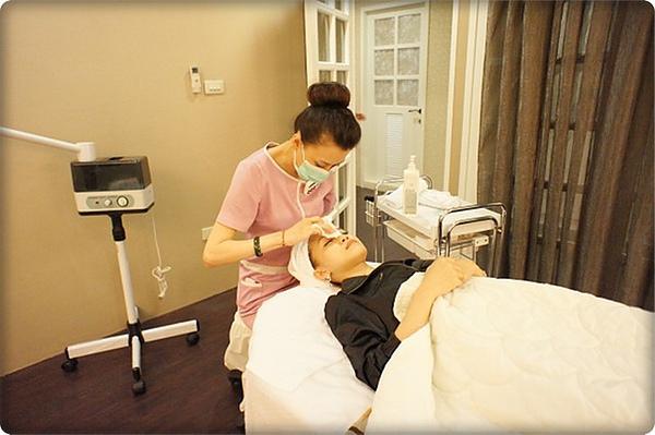 元和雅高雄台南診所-微晶瓷山根隆鼻-案例照片分析-樂芙-10.jpg