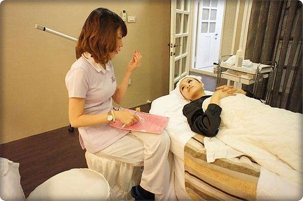 元和雅高雄台南診所-微晶瓷山根隆鼻-案例照片分析-樂芙-09.jpg