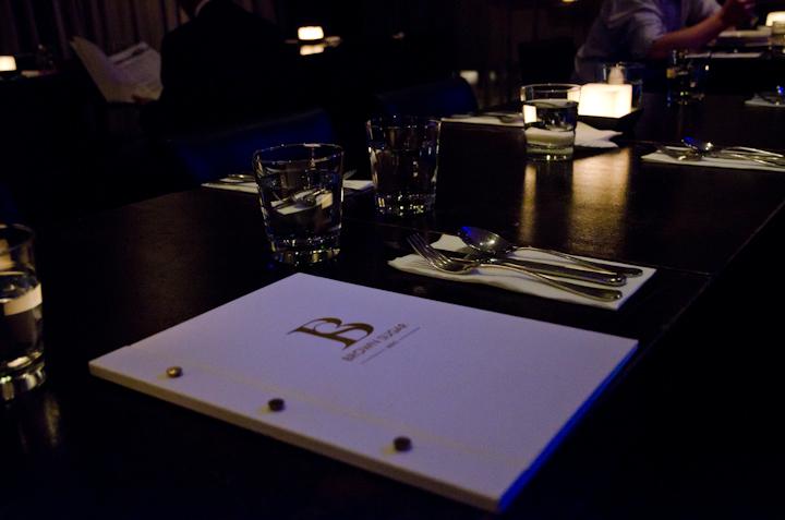MENU+桌子