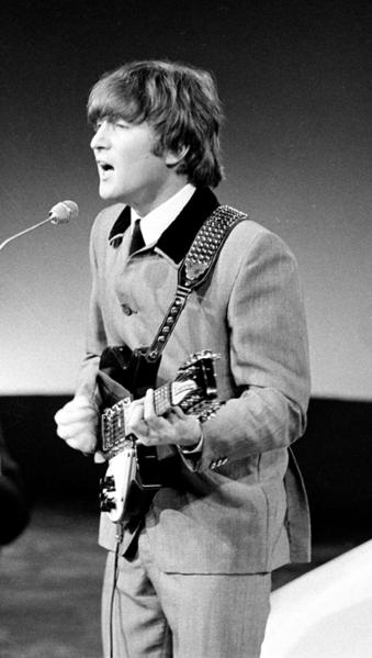 P.37-011 John_Lennon