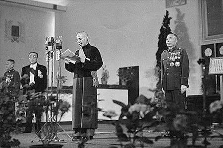 1948520Presentation_Nanking.jpg