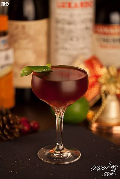 xmascocktail01s.jpg