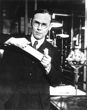 SS08-Wallace Carothers.jpg
