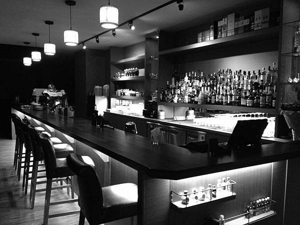 R17-橋下 Restaurant & Bar.jpg
