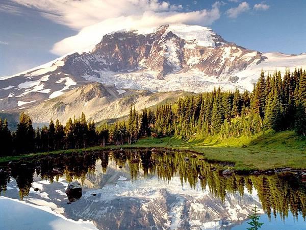 CM10-Mount Rainier.jpg
