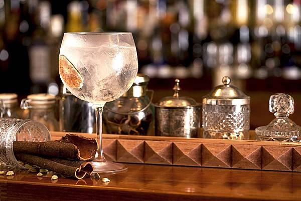 Bobby-Gin-Barcelona.jpg