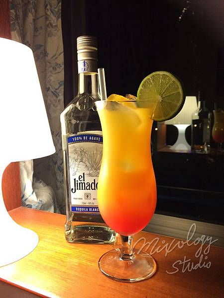 Cocktail-005 Tequila Sunrise.JPG