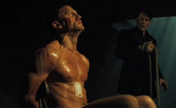 casino-royale-torture.png