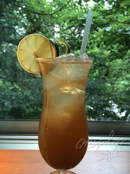 Cocktail-016 Long Island Iced Tea.jpg