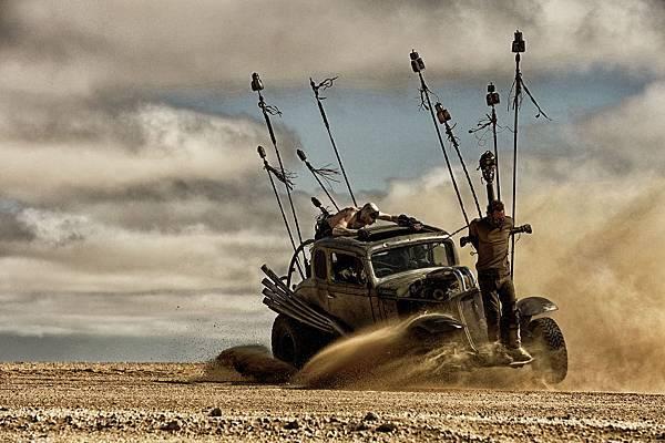 mad-max-fury-road-image1.jpg