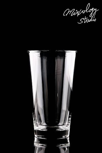 Bar22-02 調酒杯.jpg