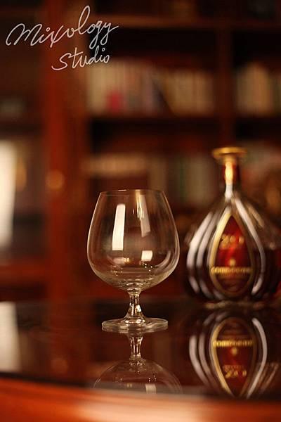 Bar26-01 白蘭地杯.jpg