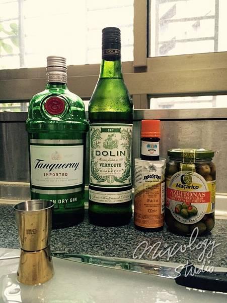Bar28-02 馬丁尼Martini材料.jpg