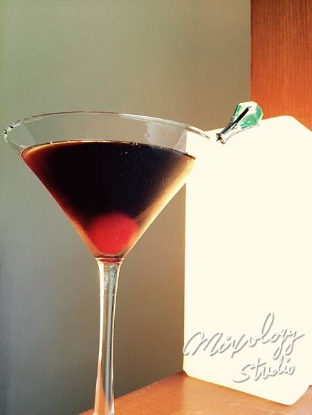 Cocktail-029 Rob Roy.jpg