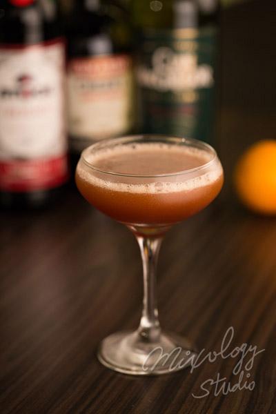 Bar34-01 血與沙雞尾酒.jpg