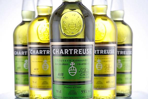 Bar37-01%E5%A4%8F%E7%89%B9%E5%8B%92%E8%8C%B2-Chartreuse.jpg