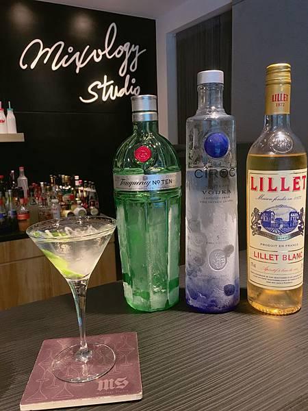 VE06-Vesper Martini.JPG