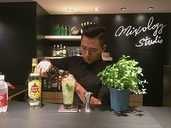 MO11-漂浮牙買加蘭姆酒.JPG