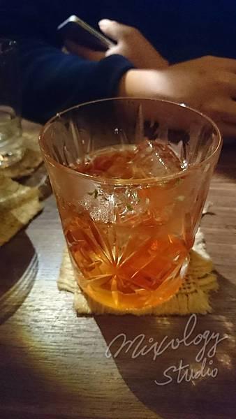 SW35 蘭姆酒版古典雞尾酒.jpg