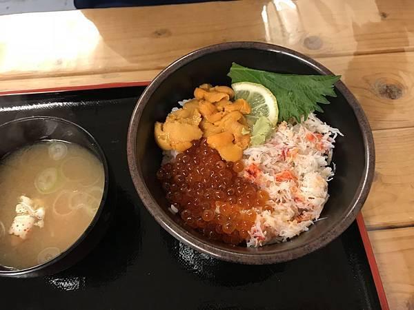 SA118 三色丼.JPG