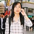 劉薰愛訪問之女記者黃阡瑜.jpg