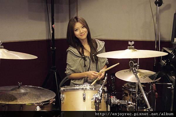 蔡黃汝(豆花妹)為音樂會練團練上癮,想邀安心亞組團