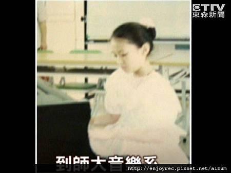 林逸欣一路學音樂長大,是標準的音樂氣質美女
