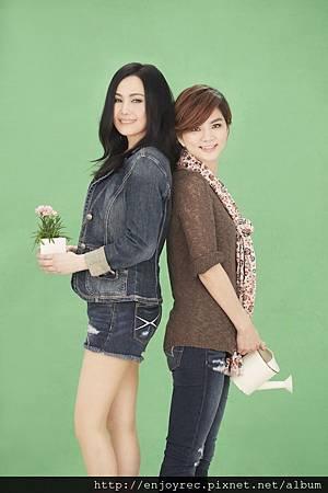 江蕙承認「歹逗陣」  新歌邀來隨和妹Ella對唱 唱出姊妹淘情誼