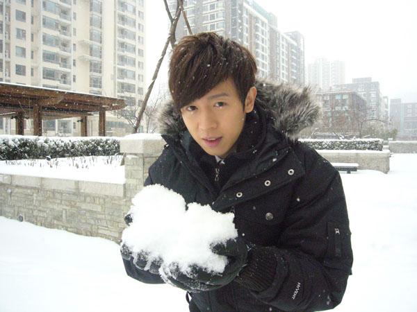 阿鑌北京遇大雪-1.JPG