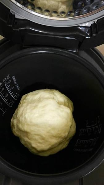 電子鍋版奶油麵包 (5).JPG