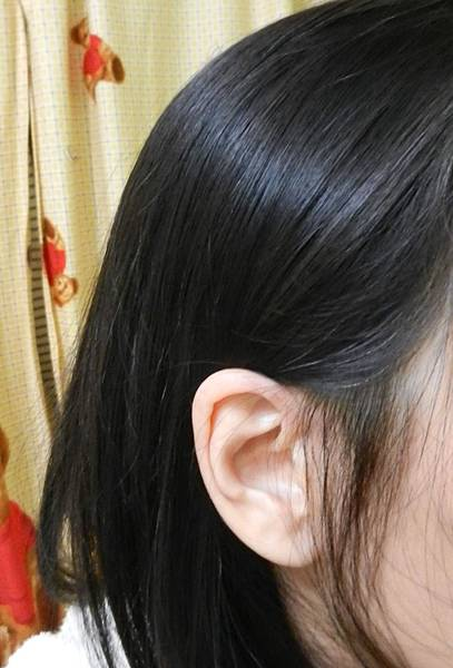 莉婕頂級一按即梳染髮霜 (26).JPG