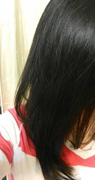 莉婕頂級一按即梳染髮霜 (38).JPG