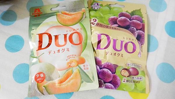 台灣森永製菓-DUO嘟歐雙層QQ軟糖(葡萄+夕張哈蜜瓜) (1).JPG