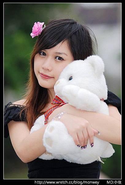 小依+小熊