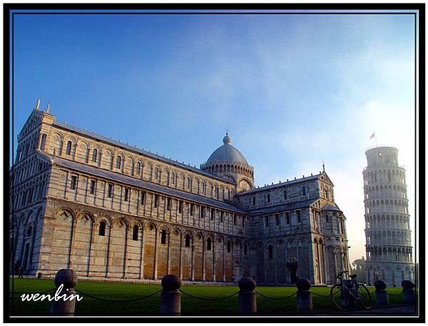 羅馬式建築佳作的大教堂