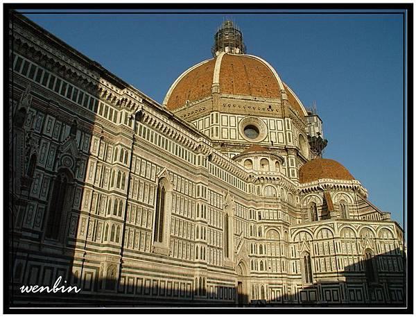 聖母百花大教堂 (Piazza dil Duomo)