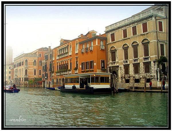 威 尼 斯 (Venice)