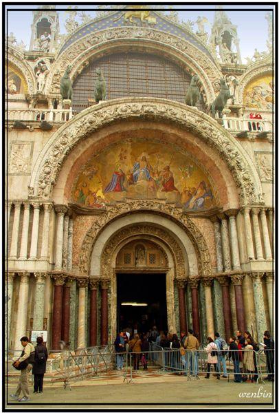 聖馬可教堂近照